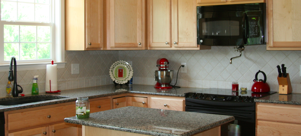 Kitchen Image 1